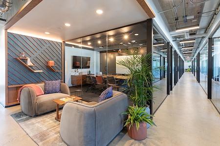 Industrious Pearl Street - Full-Floor Canvas Suite