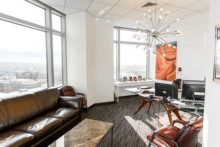 Avanti  Workspace - Wells Fargo Center - Suite 1330