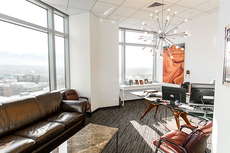 Avanti  Workspace - Wells Fargo Center - Suite 1332