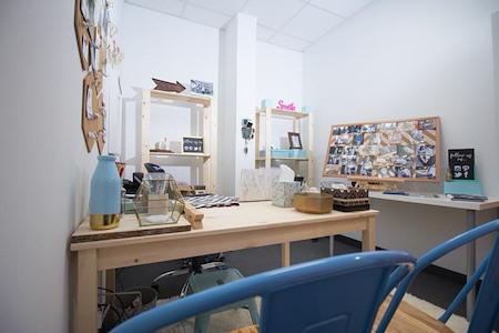 Expansive - Kansas City - Office 701