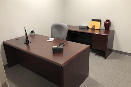 TKO Suites Arlington - 2 Person, Interior Office Move In Ready!