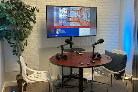 RE/MAX Ace Realty- Downingtown - Podcast Studio