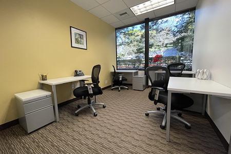 Regus Fountain Grove Center 3111 - Office 204