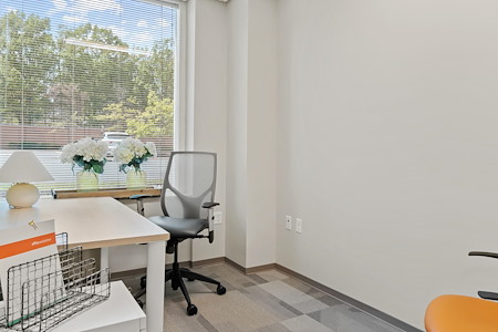 Office Evolution - Herndon - Private Exterior Office
