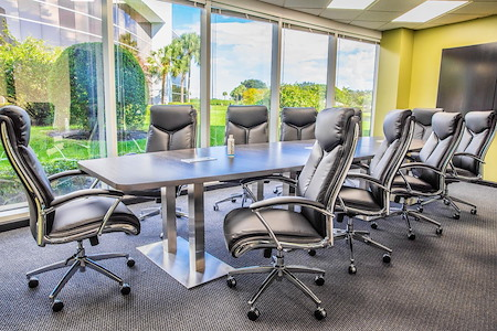 eSuites - Extra Large Conference Room