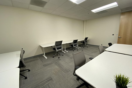 Z-Park Silicon Valley Innovation Center - Team Office for 10 ppl