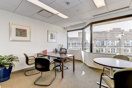 Carr Workplaces - Clarendon - Day Pass