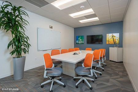 Office Evolution - Houston Energy Corridor - Wind Conference Room