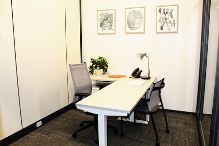Office Evolution Tampa | Harbour Island - Day Office