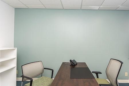 Quest Workspaces - West Palm Beach Downtown - Interior Office
