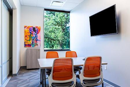 Office Evolution - Madison Arboretum - Monona Meeting Room