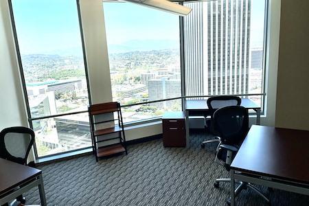 Regus | US Bank Tower - 2862
