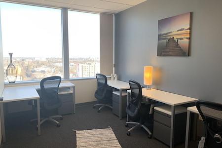 Regus   Esquire Plaza - Office 1727