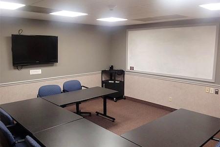 TKO Suites Knoxville TN - Meeting Room