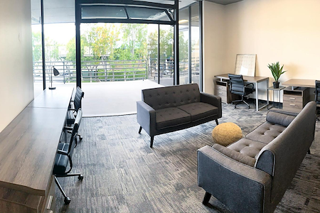 WorkSpace Irvine - Private Window Office