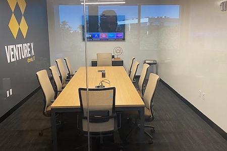 Venture X   Downtown Doral - Medium Meeting Room