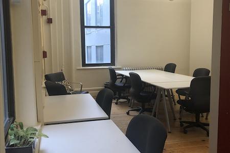 Coalition Space | Chelsea - 10 Person Team Windowed Suite