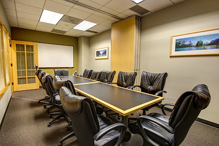 Intelligent Office San Francisco - Conference Room