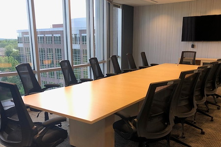 Peachtree Offices at Alpharetta - 14 Person Conference Room