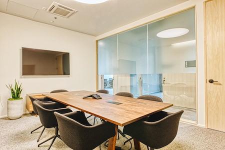CENTRL Office - Lake Oswego - M2 - Medium Meeting Room