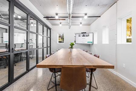 Venture Office Summerfield Commons - Meeting Room