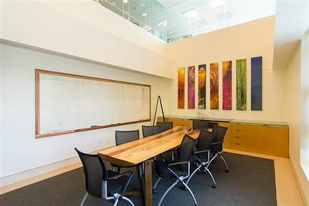 Satellite Workplaces Santa Monica - Conference room