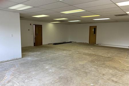 AuroraView Building - General Use or Storage Suite 5