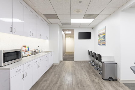 (MB1) Continental Park - Interior Office