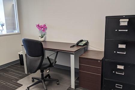 Lake Walnut Pasadena - Private Office (Copy)