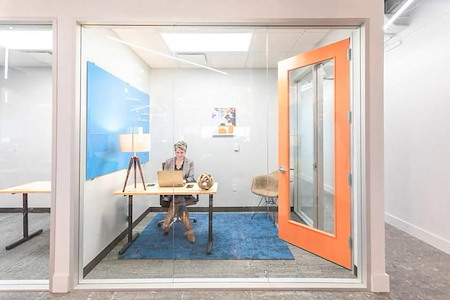 Expansive - Charlotte - Day Office