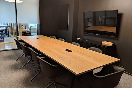 CENTRL Office - Downtown - M4 - Medium Meeting Room