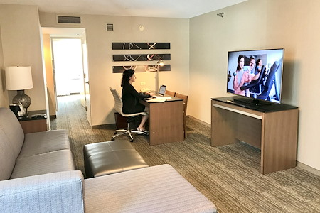 Embassy Suites Chicago Downtown Magnificent Mile - Remote/Virtual Office Space