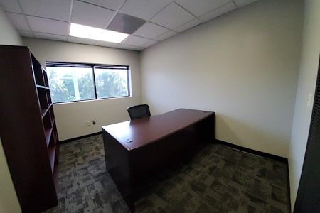 DemiSar Workspace - Private Office 214
