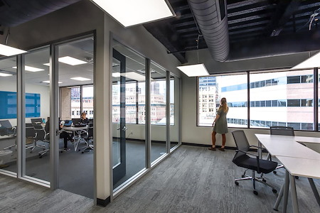 Novel Coworking Cathedral Square - Suite 500B