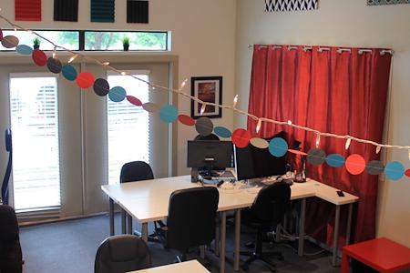 Patchwork Austin Coworking - Open Desk - Day