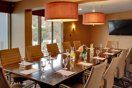 Hotel Angeleno - The Sunset Executive Boardroom
