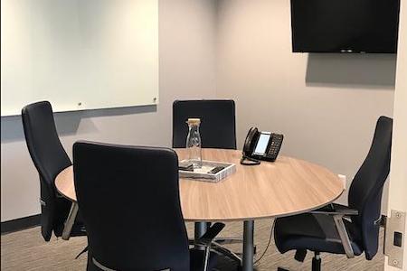 Intelligent Office - Bloomington - Lake Harriet Conference Room