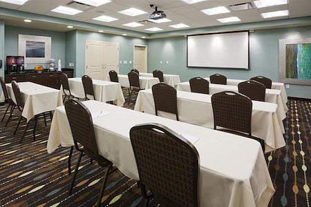Hampton Inn & Suites Minnetonka - Meeting Space