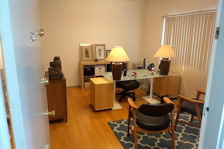 Fulcrum - Adjoining Office