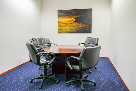 Servcorp 101 Collins Street - Level 27 - Meeting Room    4 people