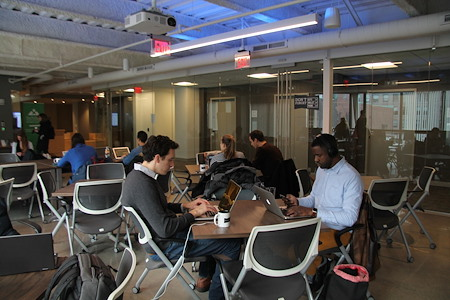 Workbar Back Bay - Day-pass
