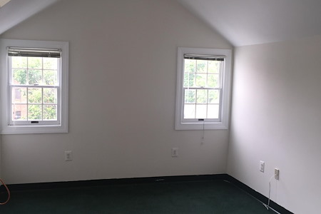 McLean Office Center - Corner House - Suite 302