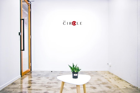 The Circle - Photography Studio