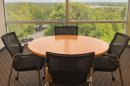 Peachtree Offices at Alpharetta - 4 Person Meeting Room