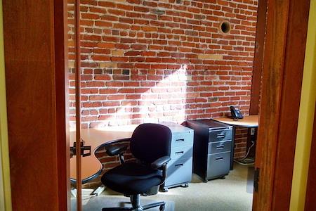 ReadiSuite - Veronica Building - Day Office