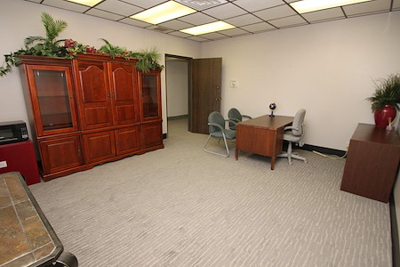 Regency Plaza Business Center - Regency Plaza Office Suite