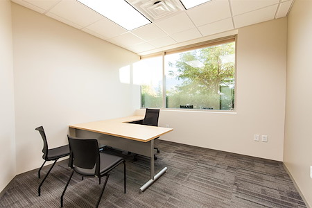 Office Evolution - Orem - Windowed office with a mountain view