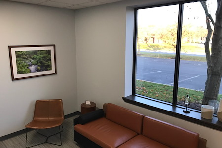 Phillips Workplace Interiors - Meeting Room - 22E