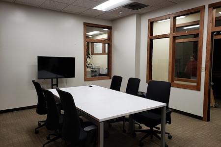 ReadiSuite - Veronica Building - Meeting Room - 313