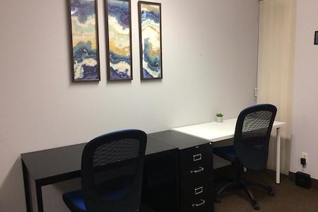 Mesa Meets Here - Hot Desks